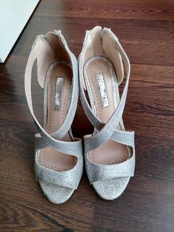 szpilka sandały brokatowe Miss KG