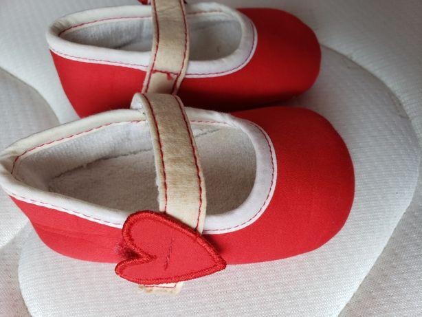 Sapatos bebé, novos. Agatha Ruiz de La Prada