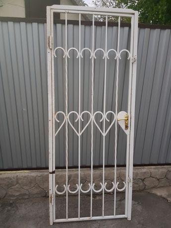 Решотка  дверная