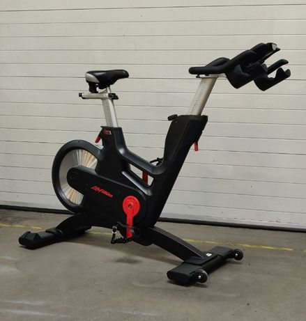 Rower IC7 Life Fitness