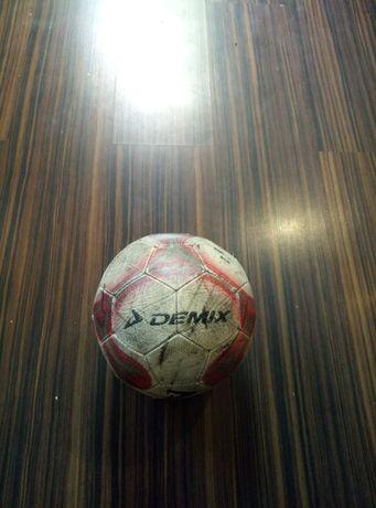 Футбольный мяч DEMIX SOCCER