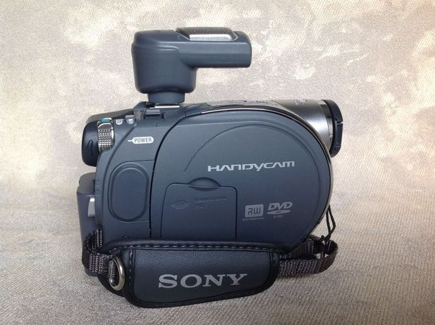Видеокамера SONY DCR-DVD305E, Made in Japan