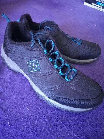 Универсальные мужские кроссовки 46размера Columbia