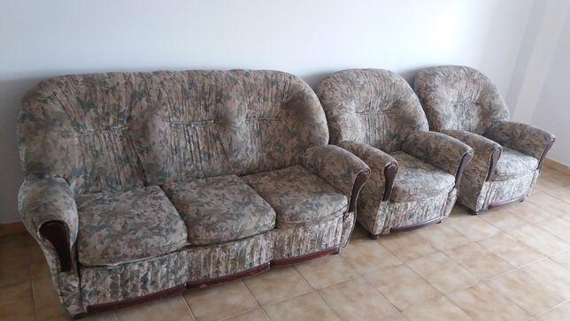 Sofás de sala (conjunto dos 3)