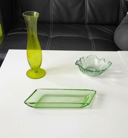 Zielone szkła, miseczka, flakon, śledziarka, rawierka