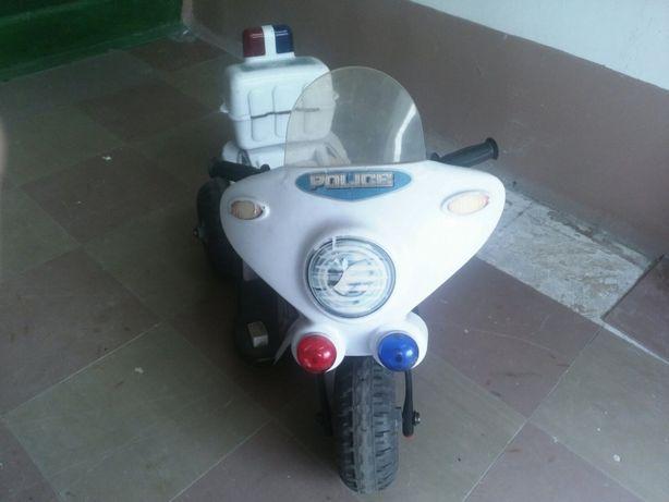 Продам детский электромотоцикл б/у в хорошем состоянии