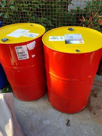 Beczki po czystym oleju 208L