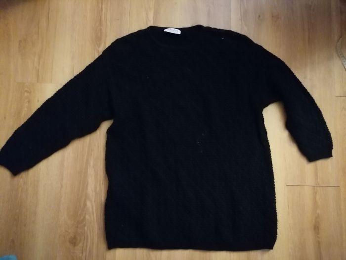 Sweter czarny rozm. 44/XXL Biskupice - image 1