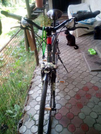 Дорожний велосипед