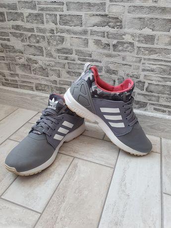 Кроссовки Adidas original,  р-р 40.