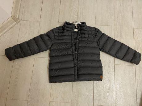 Куртка весенняя пуховик легкий Mango на 4-5 лет новая