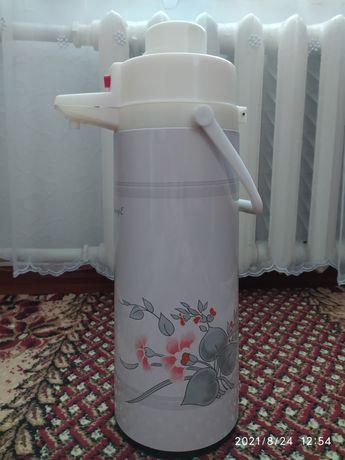 Термос помповый на 2 литра