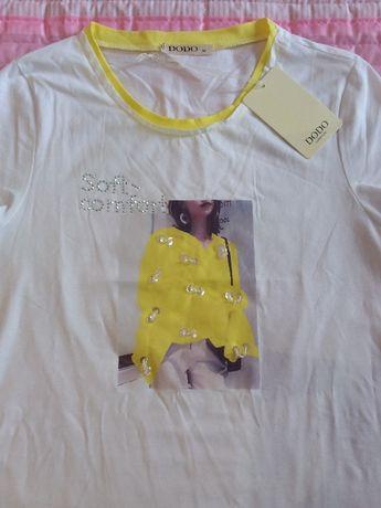 T-shirt com desenho amarelo
