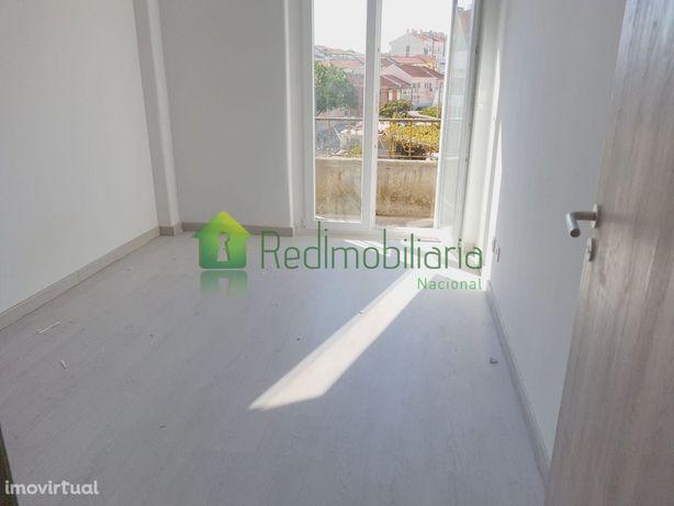 Apartamento, recuperado, para venda, Sintra - Cacém e São Marcos