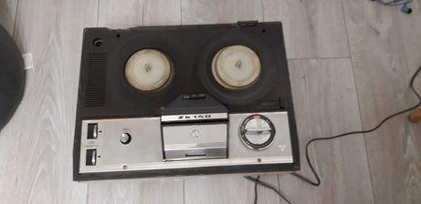 Magnetofon szpulowy ZK 140