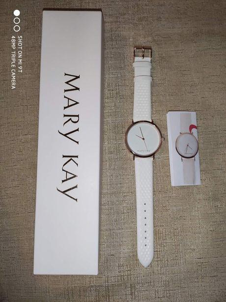 Женские часы Mary Kay
