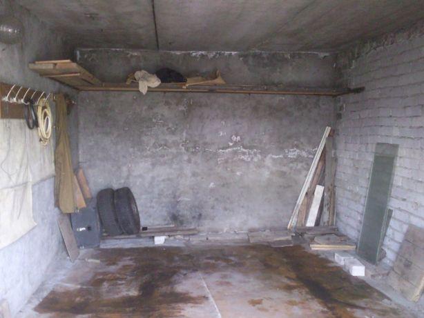 Продам гараж на Московской