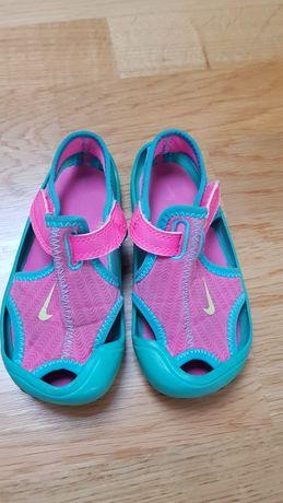 Sandały Nike rozm. 25