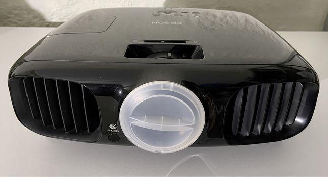 Videoprojetor Epson EH-TW6000 3D FULL HD + TELA MOVEL + CABO HDMI 10Mt