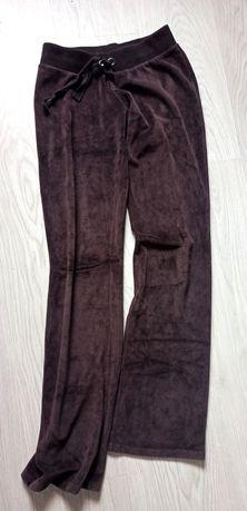 Spodnie dresowe damskie Bershka