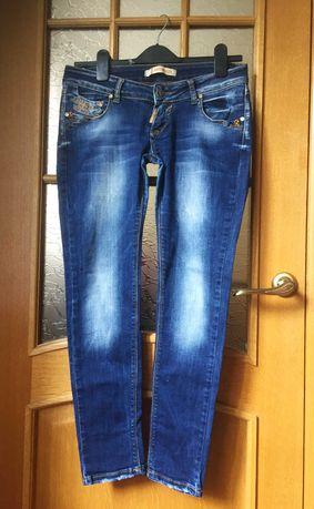 Продам джинсы на 13-17 лет