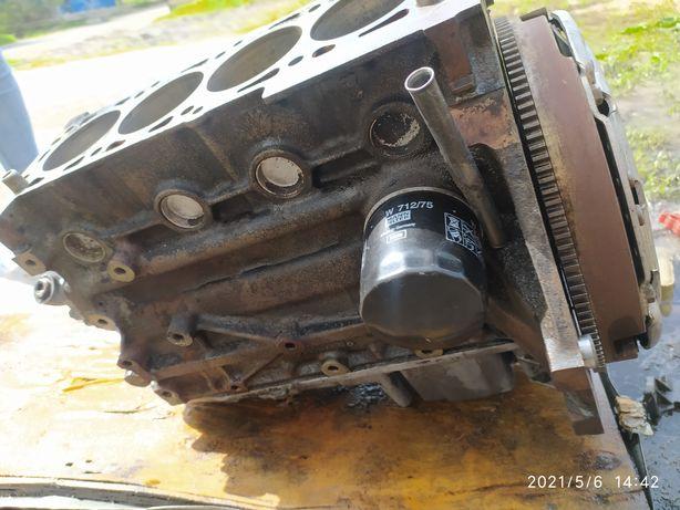 Низ мотора пенек блок цилиндров дэо Ланос нексия шевроле 1.5 1.6 мотор