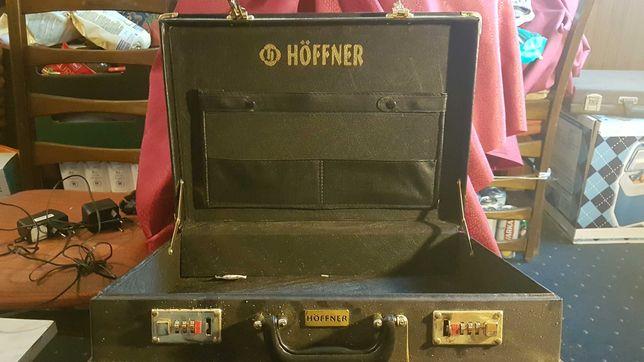 Walizka Hoffner.