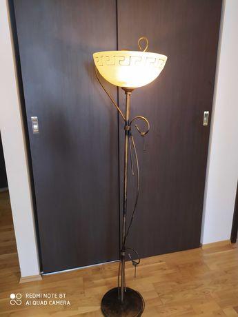 Lampa stojąca z greckim wzorem