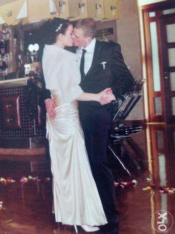 Продам свадебное,вечернее платье