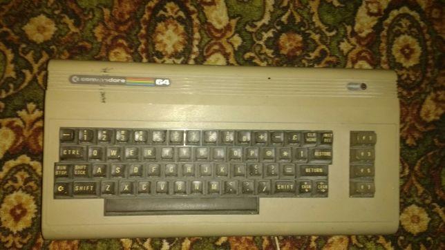 Commodore C64G ,ретро эвм.