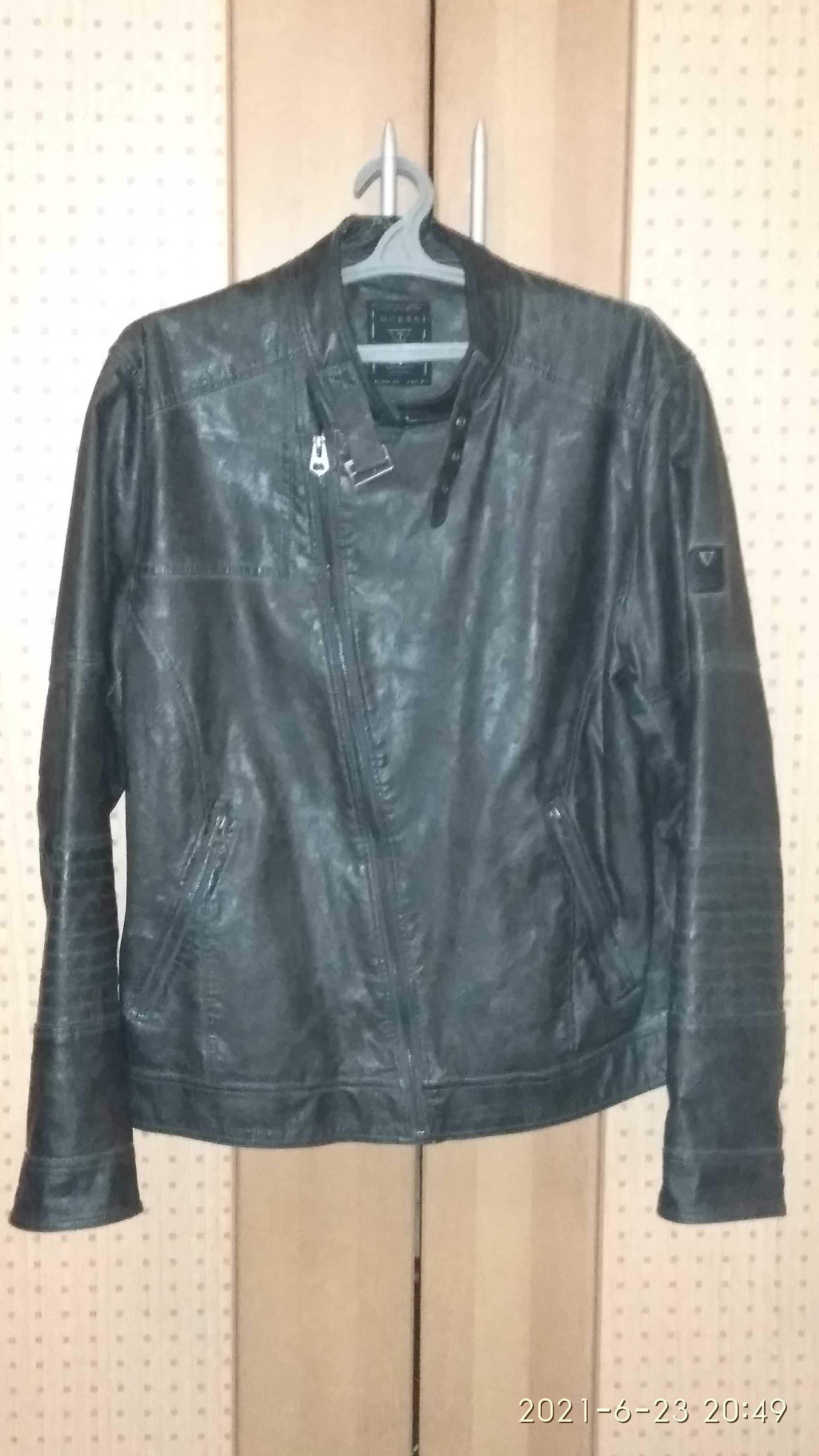 Куртка косуха Guess р.50,52