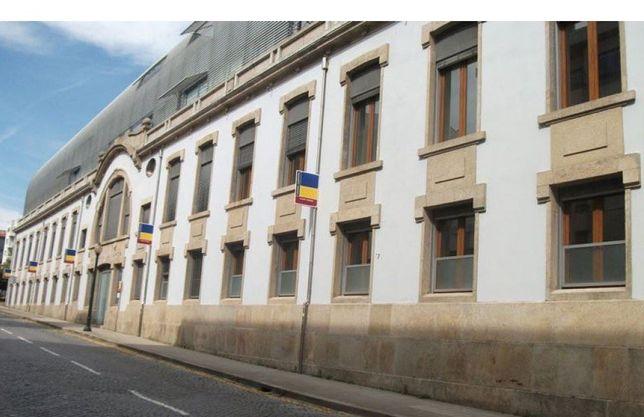Garagem Rua Santos Pousada (Campo 24 Agosto/Porto Business Plaza)