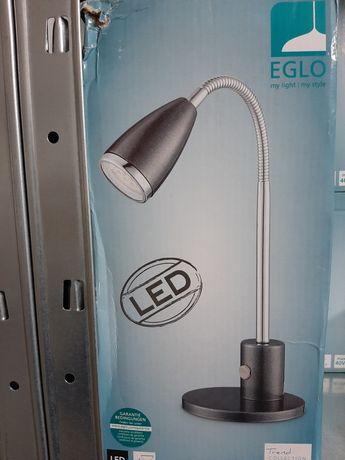 Candeeiro novo led da marca Eglo para secretaria