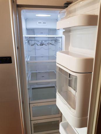 Холодильник SAMSUNG side-by-side, привезений з Німеччини