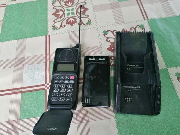 Продам антиквар телефон