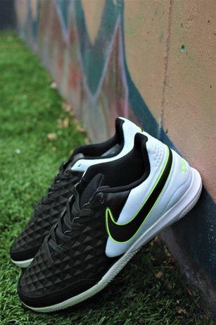 Футзальные кроссовки Сороконожки для футбола Nike Tiempo Детские