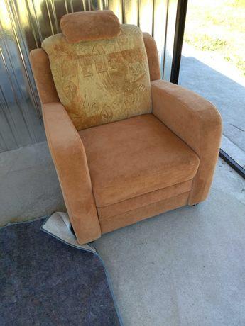 Sofa nierozkładana z fotelem