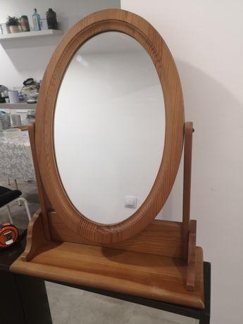 Espelho oval de pé