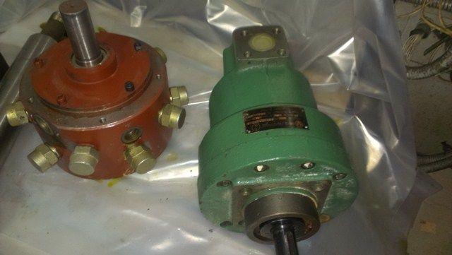Насосы , гидронасосы. для термопластавтоматов и другого оборудования.