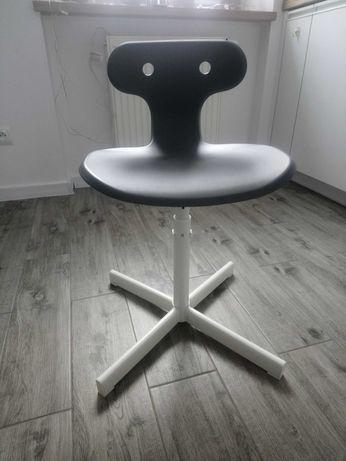 Krzesełko do biurka Ikea MOLTE
