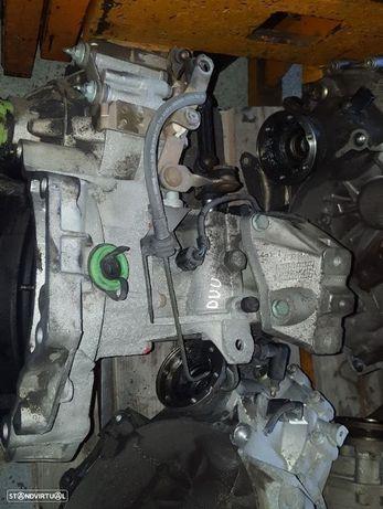 Caixa de Velocidades Seat Toledo / Leon / VW Golf IV / Bora / Skoda Octavia / Audi A3 1.6 Ref. DUU