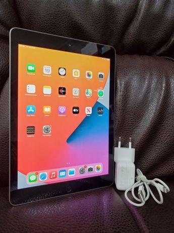 Продам Apple iPad 5th Space Gray (A1822) 128Gb 2048x1536 iCloud чистый