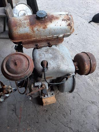 Двигатель для трактора или пилорамы
