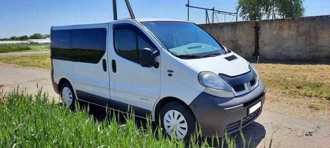 Продам Renault Trafic пас.(8+1) 2006 г.в.