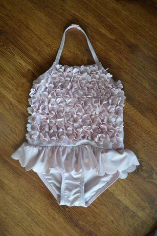 Strój kąpielowy kostium jednoczęściowy pudrowy róż kwiatuszki r.98/104