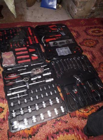 Мужской Набор инструментов - 715 комплектующих Moller Professional