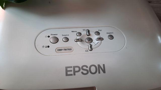 Projektor Epson tw700