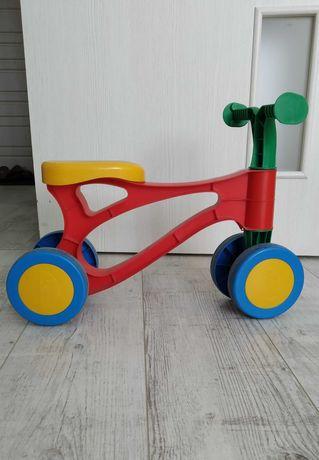 Продам велобег (беговел, толокар)