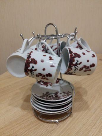 Набор кофейных чашечек на подставке
