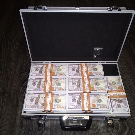 Чемодан с деньгами. Кейс с долларами. Доллары в кейсе. Доллары.